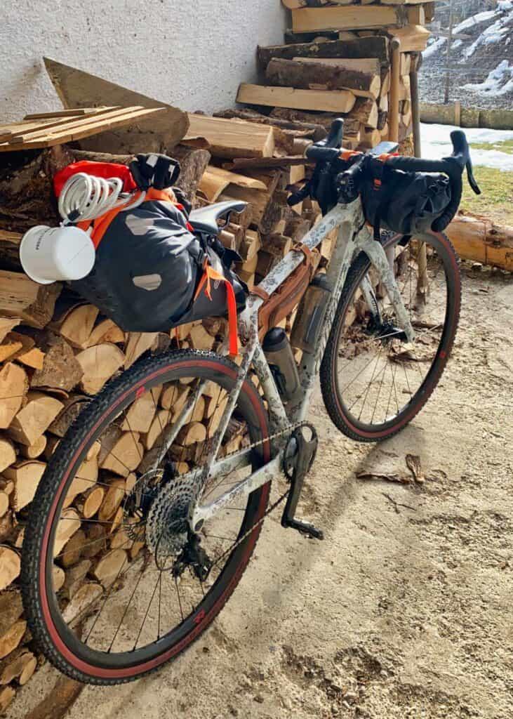 Wiebke's Gravelbike with bikepacking bags