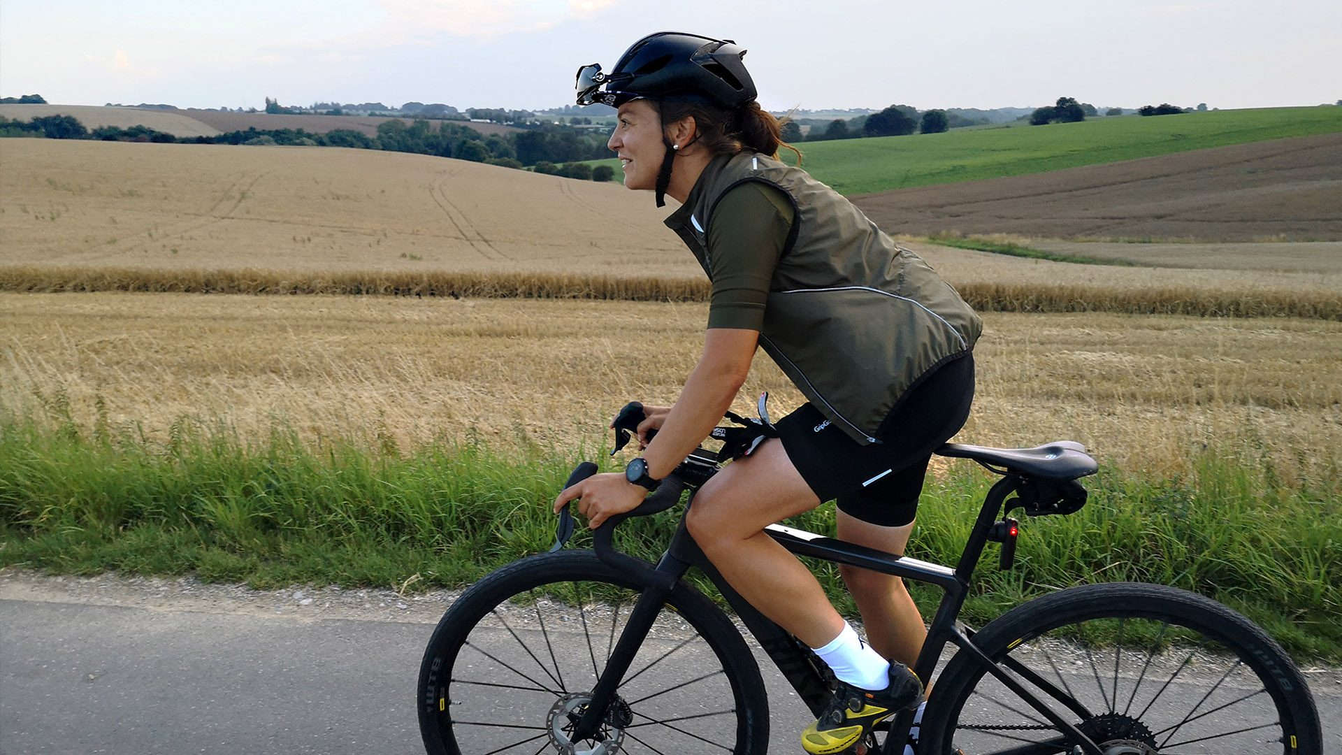 Jule with her bike on the road